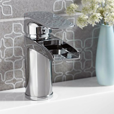 Vellamo Ohio Waterfall Basin Mixer & Clicker Waste