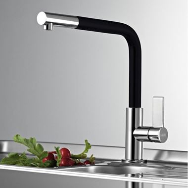 Clearwater Auriga Single Lever Mono Kitchen Tap With Pull Out Aerator - Chrome/Black