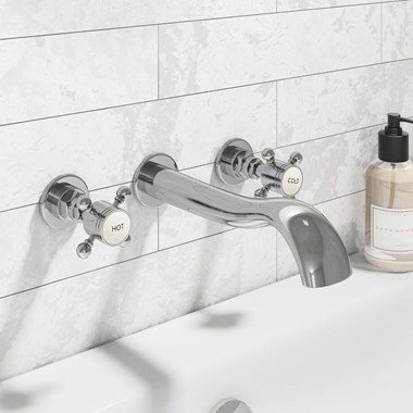 Butler & Rose Royal Traditional Wall Mounted Bath Filler