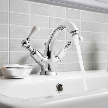 Crosswater Belgravia Lever High Neck Mono Basin Mixer with Pop Up Waste