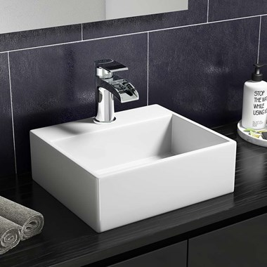 Wall Hung Small Cloakroom Basin