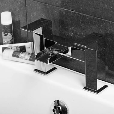 Vellamo Reve Waterfall Bath Mixer Tap