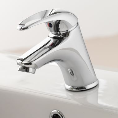 Vellamo Loop Basin Mixer with Clicker Waste