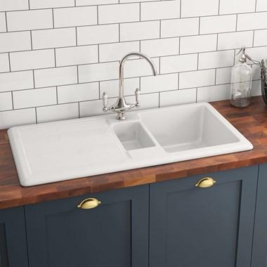 Butler Rose 1 5 Bowl White Ceramic Kitchen Sink With Reversible Drainer Waste Kit 1010mm X 510mm