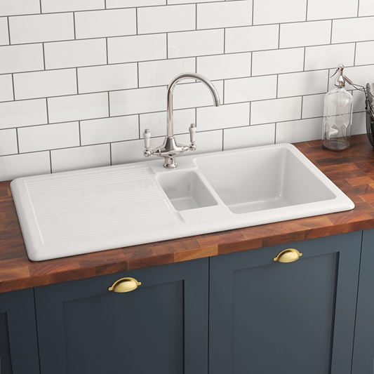 Butler Rose 1 5 Bowl White Ceramic Kitchen Sink With Reversible Drainer 1010mm X 510mm Tap Warehouse