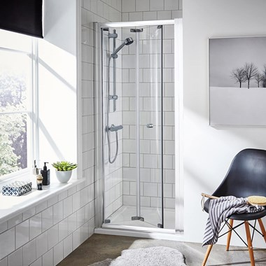 Harbour i5 5mm Bi-Fold Shower Door & Optional Side Panel