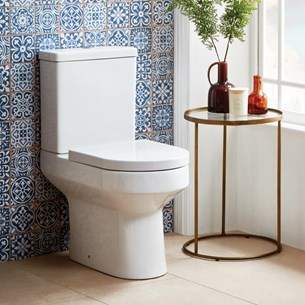 Lark Modern Close-Coupled Toilet and Cistern with Soft Close Seat