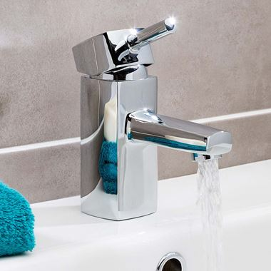 Vellamo Quadro Basin Mixer with Clicker Waste