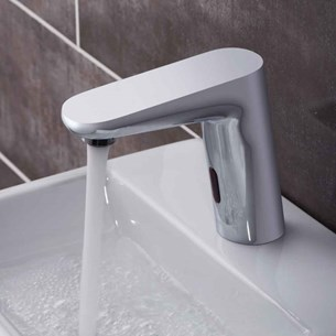 Vado i-Tech Ascent Infrared Mono Basin Mixer - Mains Or Battery Operated Takes Standard AA Batteries