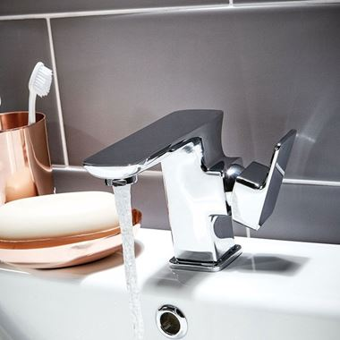 Vellamo Dream Mono Basin Mixer with Waste