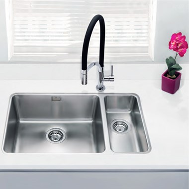 Vellamo Horizon Undermount 1.5 Bowl Stainless Steel Kitchen Sink & Waste Kit with Right Hand Half Bowl - 740mm x 450mm