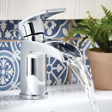 Vellamo Venta Waterfall Basin Mixer